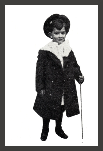 Salvador_Dali_-_At_Age_6_1910_fr