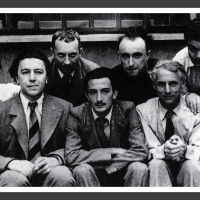 0291-The surrealists group in Paris (1930)
